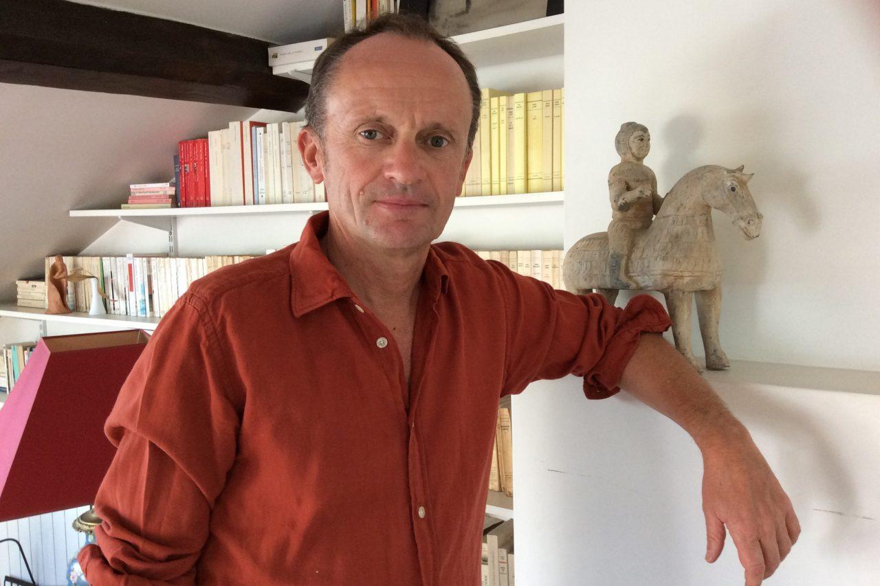 Le journaliste Arnaud de La Grange. (Crédits : Stéphane Lagarde)