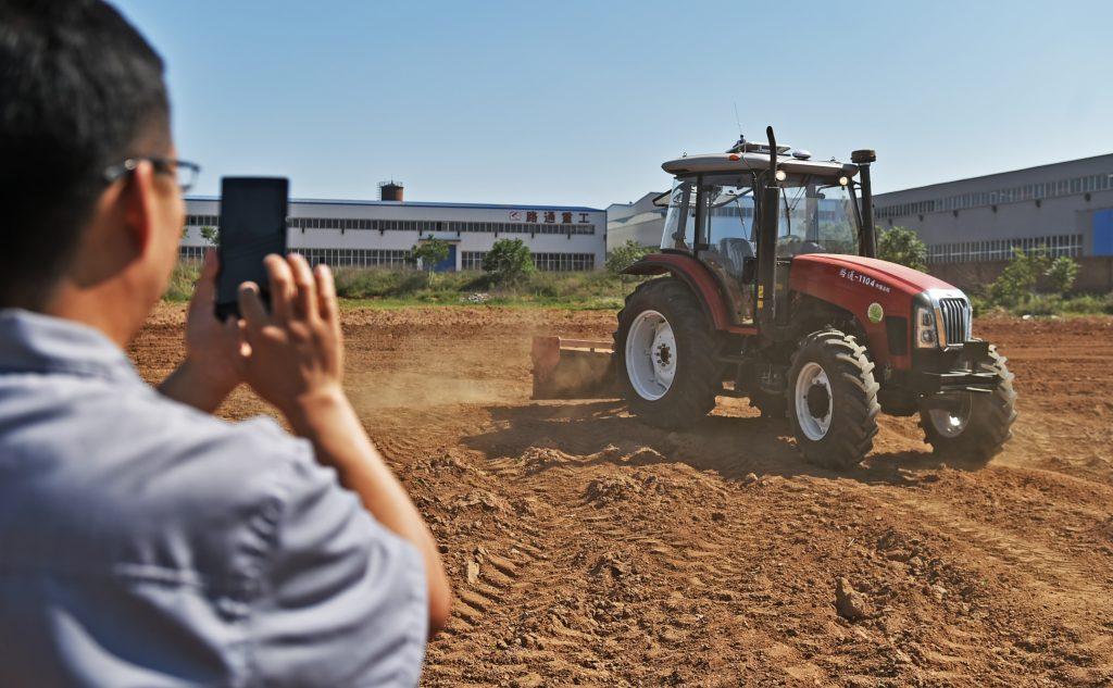 Inde : Mahindra lance ses tracteurs sans conducteurs Image