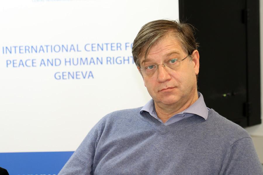 Le journaliste Olivier Da Lage. (Crédits : DR ; Source : Centre international pour la paix et les doris de l'homme)