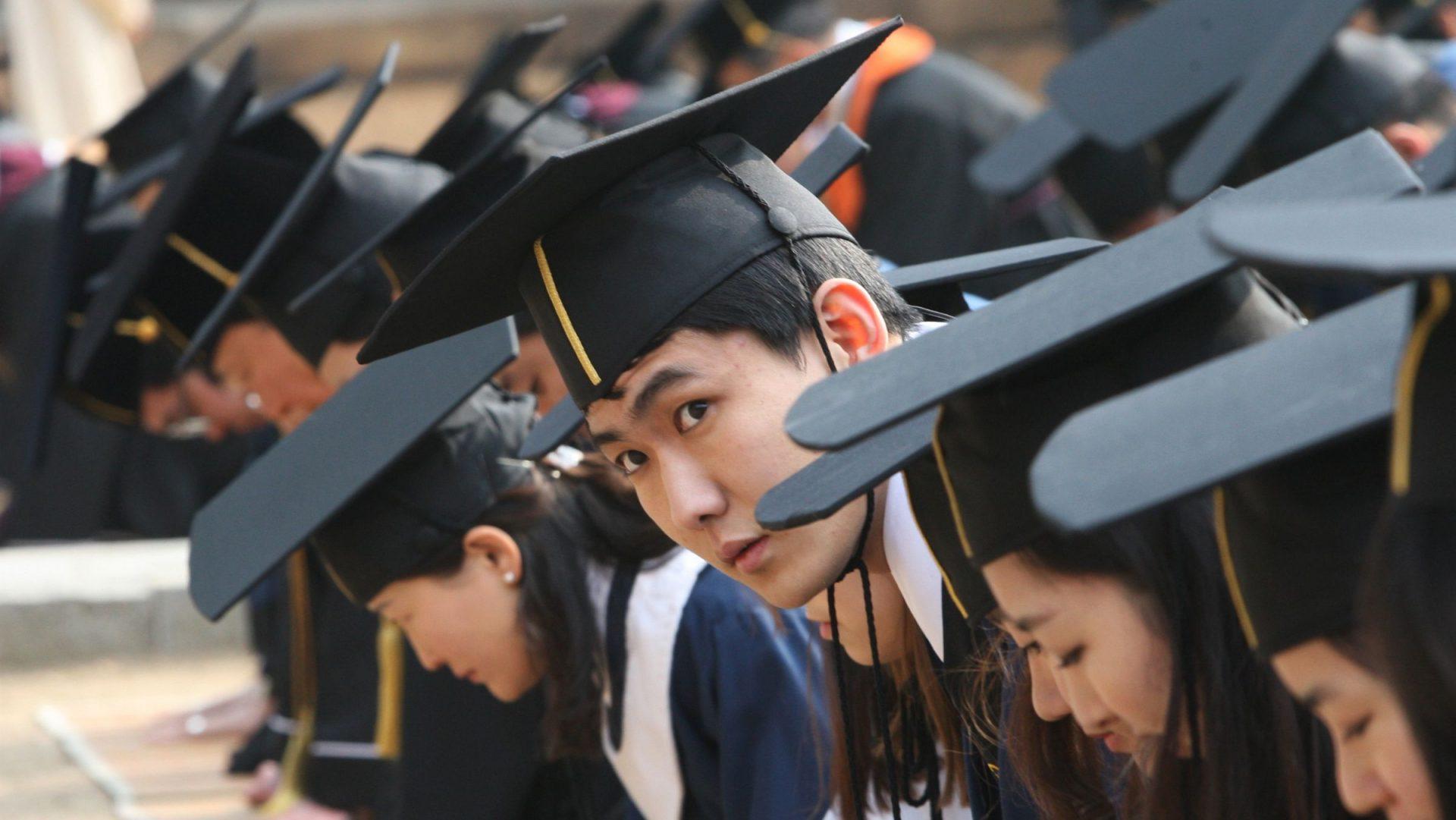 """Une société entièrement centrée sur la réussite et le compétition, c'est le """"Hell Joseon"""" ou """"enfer coréen"""" que de nombreux jeunes rejettent. (Source : Quartz)"""