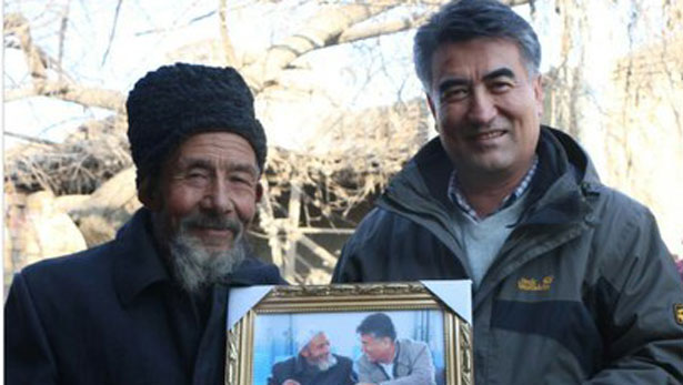 Tashpolat Teyip, docteur honoris causa de l'Ecole Pratique des Hautes Etudes et President de l'Université du Xinjiang, a disparu à l'aéroport de Pékin alors qu'il se rendait à une conférence en Allemagne. Deux ans plus tard, tombe la nouvelle de sa condamnation à mort pour des pensées politiquement incorrectes. (Crédit : DR)
