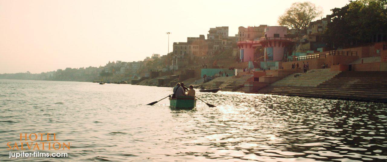 """Scène du film """"Hotel Salvation"""", réalisé par Shubhashish Bhutiani. (Crédit : DR)"""