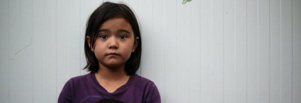 Une réfugiée afghane de 8 ans, dans le camp de Moria sur l'île grecque de Lesbos, le 23 septembre 2018. (Copyright : Sarah Samya Anfis)