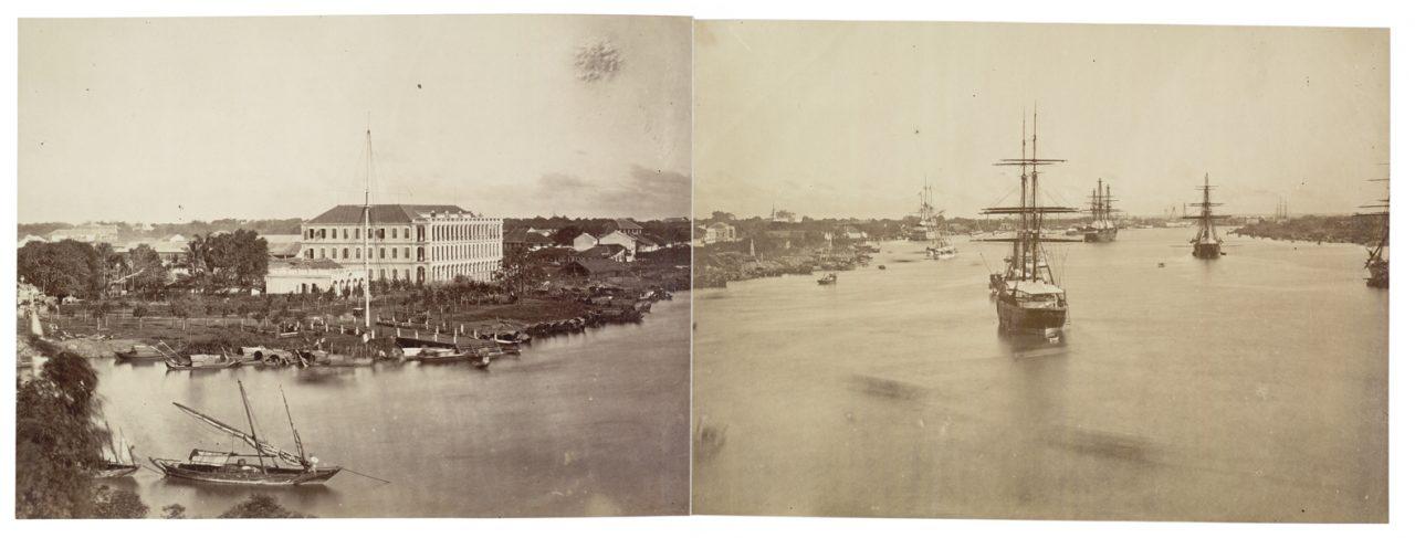 """Emile Gsell - Vue panoramique du port de Saigon - 1866-1879. Extrait du livre """"L'Asie des photographes"""", sous la direction de Jérôme Ghesquières, Réunion des Musées Nationaux. (Copyright : Réunion des Musées Nationaux)"""