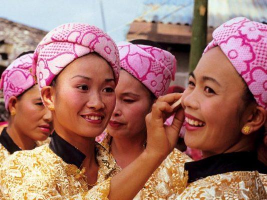 Femmes de la minorité Dai en Chine. (Source : Maison de la Chine)
