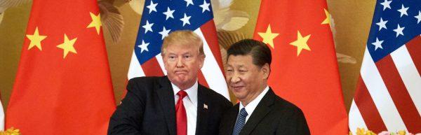 Le président américain Donald Trump reçu par son homologue chinois Xi Jinping au Grand Hall du Peuple à Pékin, le 9 novembre 2017. (Source : Time)