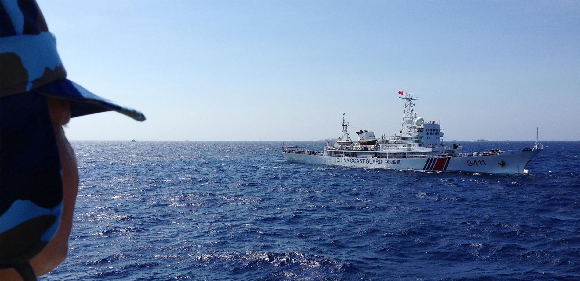 Les gardes-côtes chinois, incarnation de la tension toujours présente en mer de Chine du Sud. (Source : National Geographic)