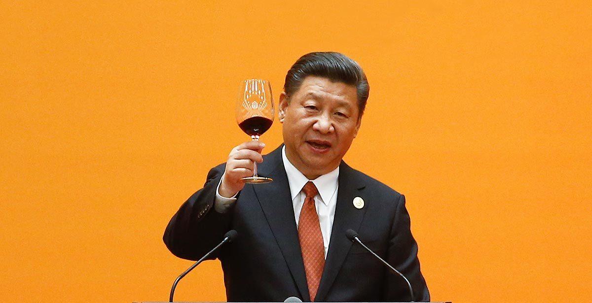 Le président chinois Xi Jinping porte un toast lors du banquet de bienvenue dans le Grand Hall du Peuple à Pékin pour le premier jour du Forum de la Belt and Road Initiative (BRI), le 14 mai 2017. (Source : The Asean Post)