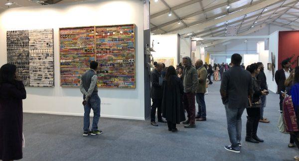 L'India Art Faire à New Delhi, du 30 janvier au 2 février 2019, l'une des foires d'art les plus visitées en Inde. (Crédit : Michel Testard)