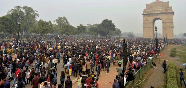 Les disparités sont multiples entre les États de l'Inde. L'Indicateur de Développement Humain montre qu'en 2018, le Bihar a l'IDH du Cameroun, l'Uttar Pradesh de la Zambie, le Madya Pradesh du Kenya, l'Orissa du Ghana, le Gujarat du Maroc, le Maharastra de l'Égypte. (Source : Money Control)