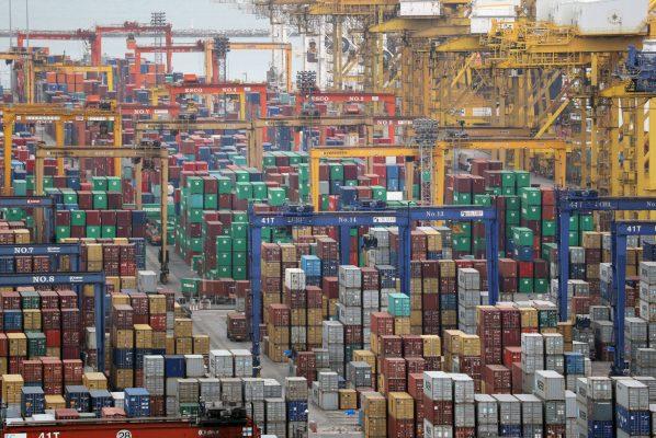 Le port de Laem Chabang dans la province de Chonburi englobée dans l'-e Corridor économique de l'Est. (Source : Asia Nikkei)
