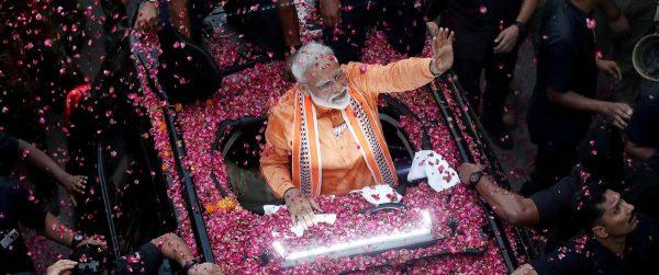 Selon des sondages sortie des urnes, le Premier ministre Narendra Modi et sa coalition remporterait les élections en Inde. (Source : The National)
