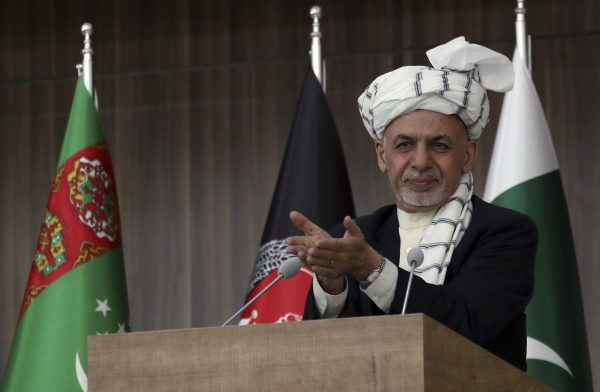 Le président afghan Ashraf Ghani pourrrait rester au pouvoir jusqu'à décembre 2019, voire jusqu'au printemps 2020. Un exemple fâcheux pour les Talibans. (Source : NBC News)