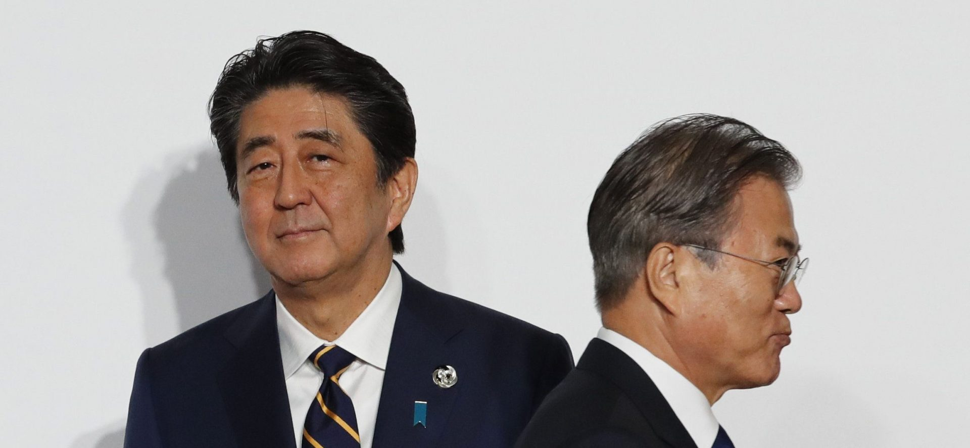 Les tensions commerciales ne cessent d'augmenter entre le Japon de Shinzo Abe et la Corée du Sud de Moon Jae-in. (Source : CNBC)