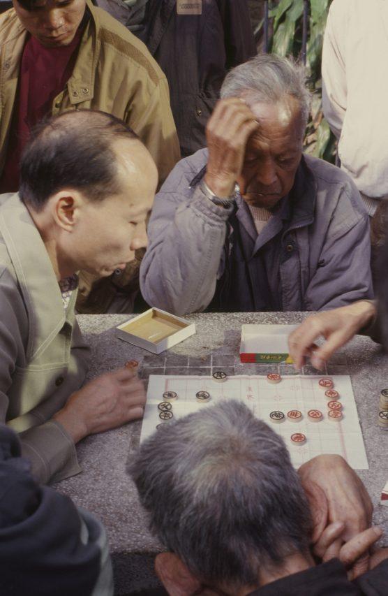 Échecs chinois à Sham Shui Po (Hong Kong) - par Bruno Birolli. (Copyright : Bruno Birolli)