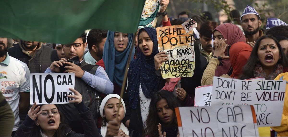 Manifestation contre l'Amendement à la loi sur la citoyenneté (Citizenship amendment Act, CAA) et contre le Registre national des citoyens (National Citizens Register, NRC), à New Delhi, le 21 décembre 2019. (Source : Vox)