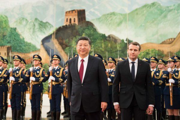 Le président français Emmanuel Macron reçu par son homologue chinois Xi Jinping au Grand Hall du Peuple à Pékin, le 4 novembre 2019. (Source : Planète Business)