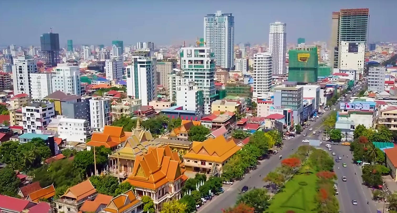 Vue aérienne de Phnom Penh le 30 décembre 2019. (Source : Wikimedia Commons)