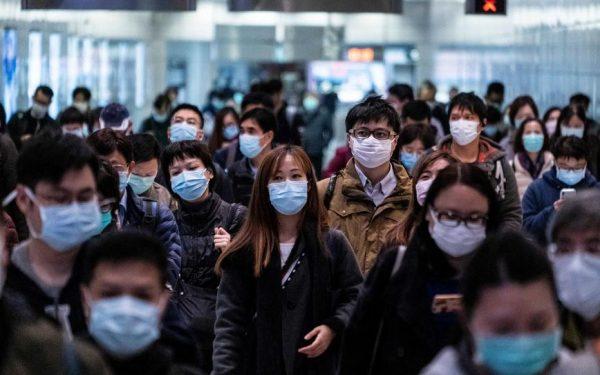 Dans le métro de Hongkong, le 11 février 2020. Port du masque de rigueur face à l'épidémie de coronavirus en Chine continentale. (Source : Le Parisien)