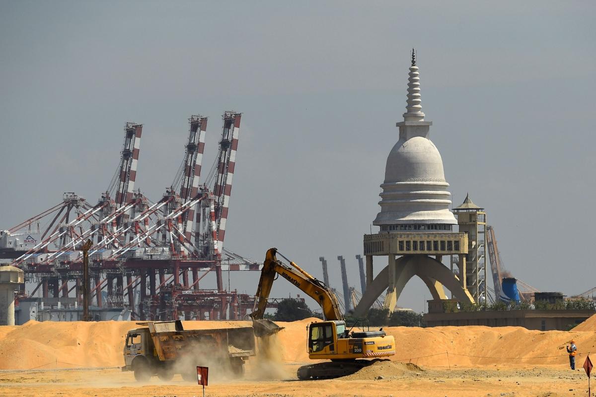 """Au premier trimestre 2020, le nombre de projets labellisés """"Nouvelles Routes de la Soie"""" a chuté de 15,6 %. (Source : Asia Society)"""