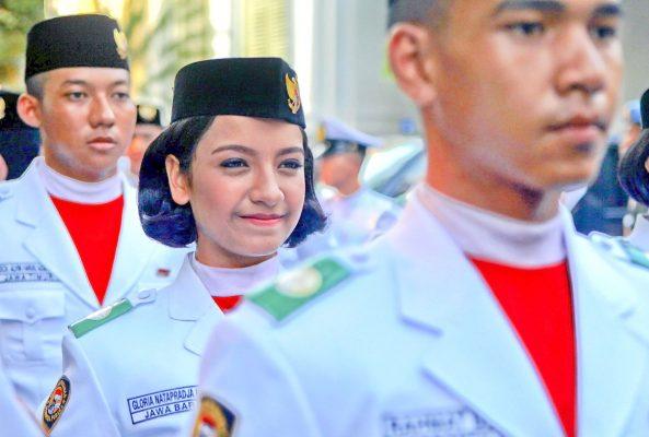 """L'Indonésie revendique une identité fondée sur la pluralité de ses langues, de ses populations, de ses cultures et de ses religions, et proclamée dans sa devise nationale, """"Unité dans la diversité"""". (Source : Jakarta Post)"""