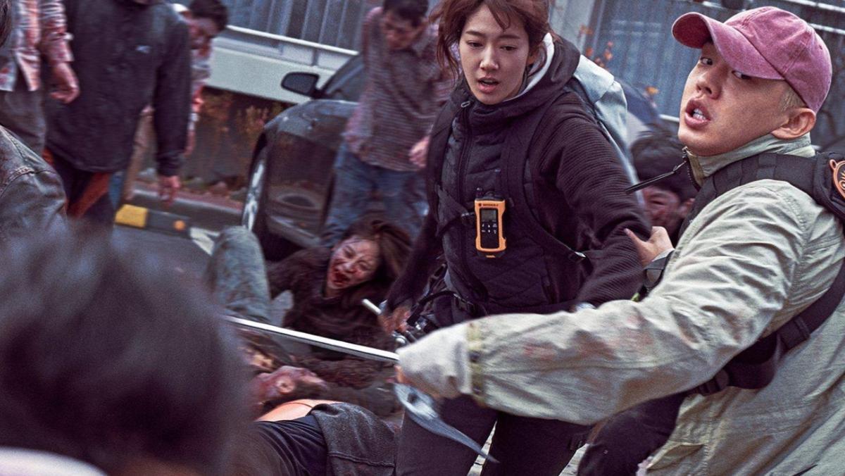"""Scène du film sud-coréen """"#Alive"""" de Cho Il-hyung raconte l'histoire de d'un homme et d'une femme cherchant à survivre alors qu'une maladie mystérieuse se propage à Séoul. (Source : Nerdist)"""