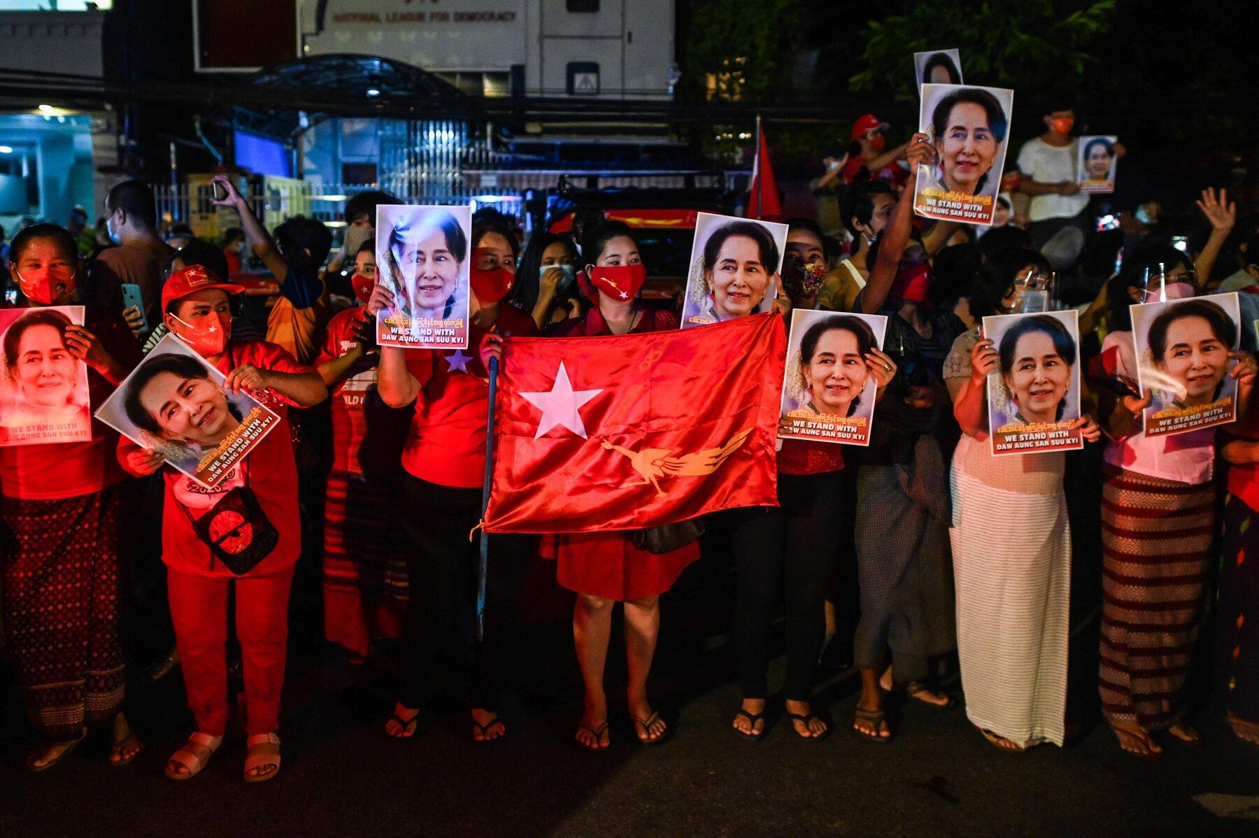 Selon des résultats partiels, la Ligue nationale pour la Démocratie (LND) d'Aung San Suu Kyi remporterait les élections du 8 novembre 2020 avec plus de 60 % des suffrages. (Source : NYT)