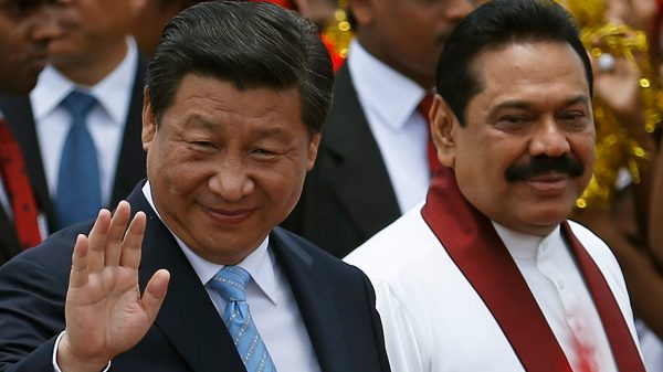 Le président chinois Xi Jingping et son homologue sri-lankais Mahinda Rajapaksa en septembre 2014. (Source : Asia Nikkei Review)