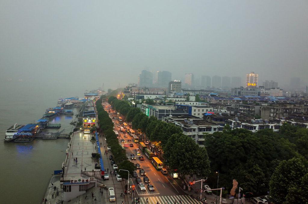 Au bord du fleuve Yangzi à Wuhan. (Source : Smartcity Press)