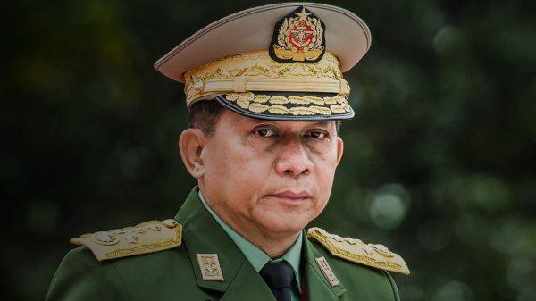 Le général birman Min Aung Hlaing, chef de la junte militaire qui a renverser le gouvernement civil d'Aung San Suu Kyi le 1er février 2021. (Source : Asia Nikkei)