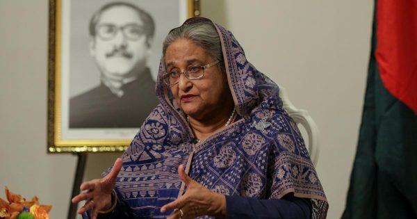 Symbole du Bangladesh actuel, la Première ministre Shekh Hasina, au pouvoir depuis une douzaine d'années. (Source : Scroll.in)