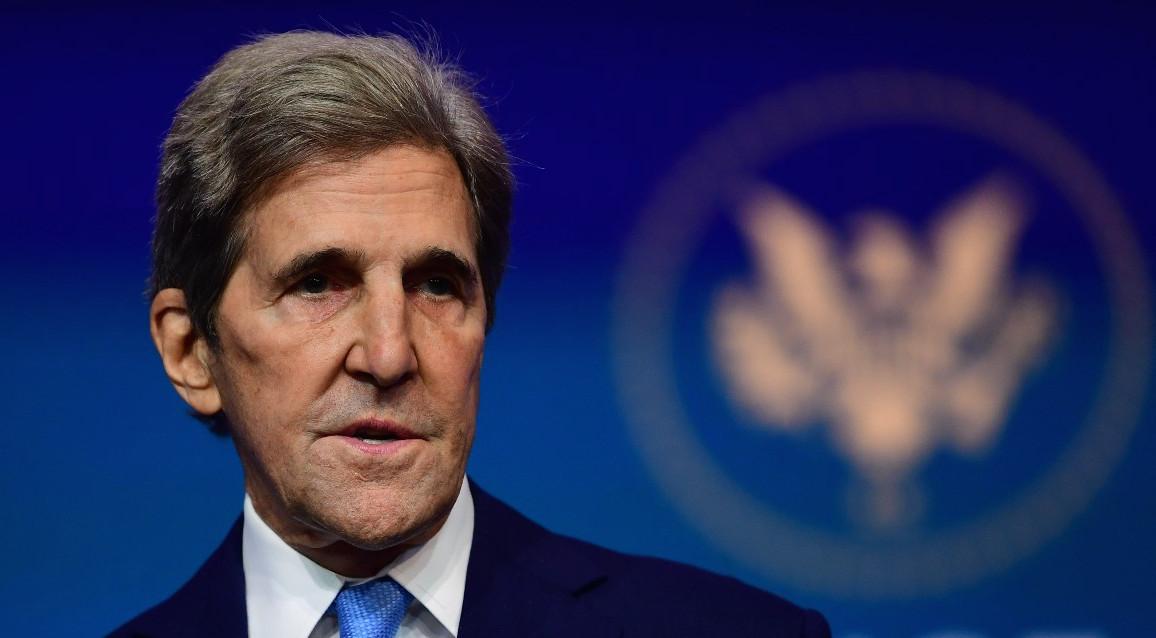 Envoyé spécial des États-Unis sur le climat, John Kerry a rencontre son homologue chinois Xie Zhenhua à Shanghai, le 16 avril 2021, afin de préparer le sommet virtuel sur le climat des 22 et 23 avril, organisé par le président américain Joe Biden. (Source : Politico)
