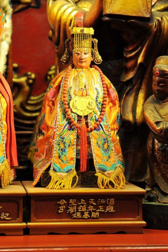 Au temple Jenn-Lann, une statue de Mazu datant de 1732. (Crédit : Qiu Jun Hong)