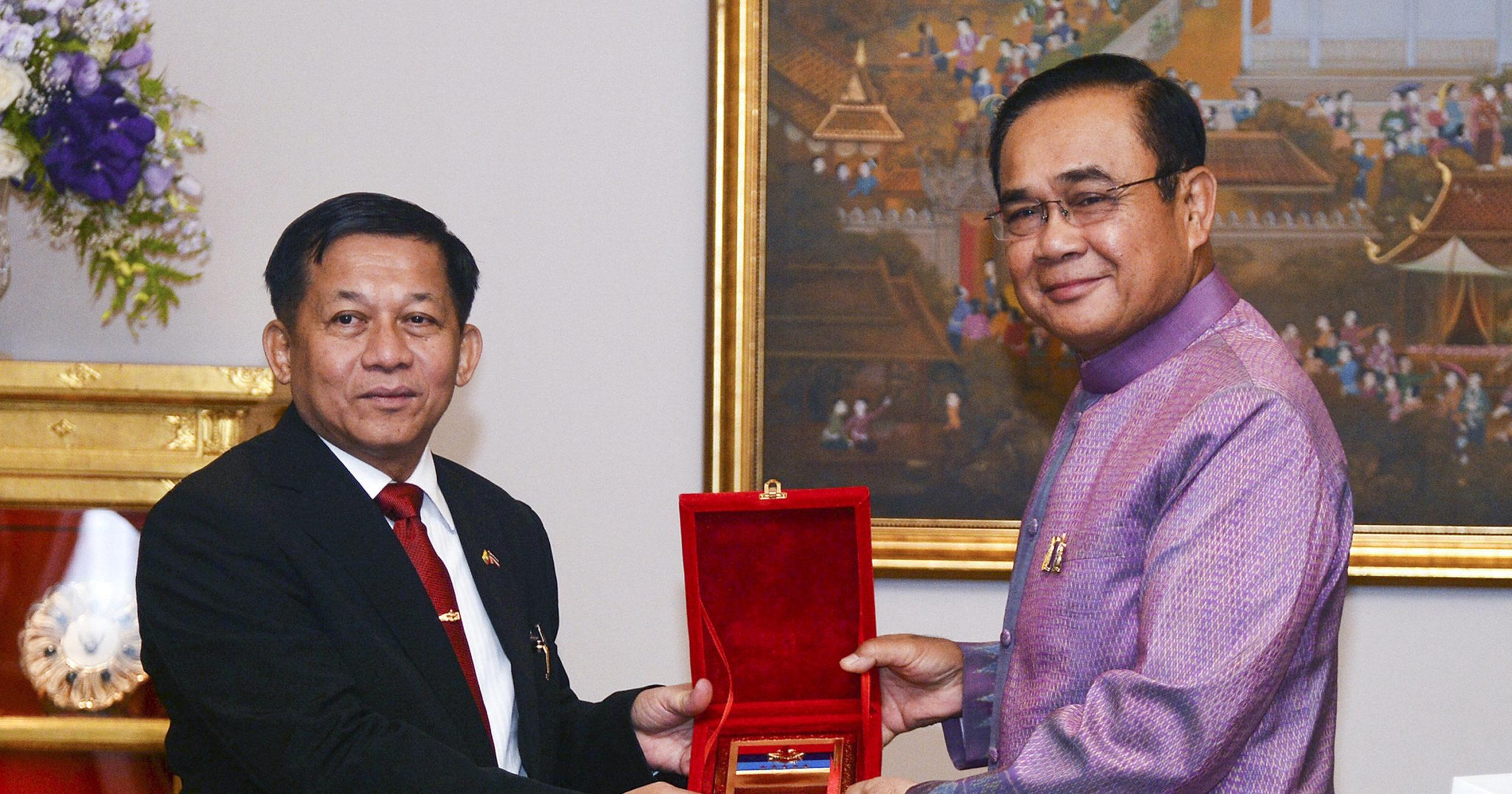 Le général birman Min Aung Hlaing reçu par le Premier ministre thaïlandais Prayuth Cha-ocha à la Maison du gouvernement à Bangkok, le 3 septembre 2019. (Source : Southeast Asia Globe)