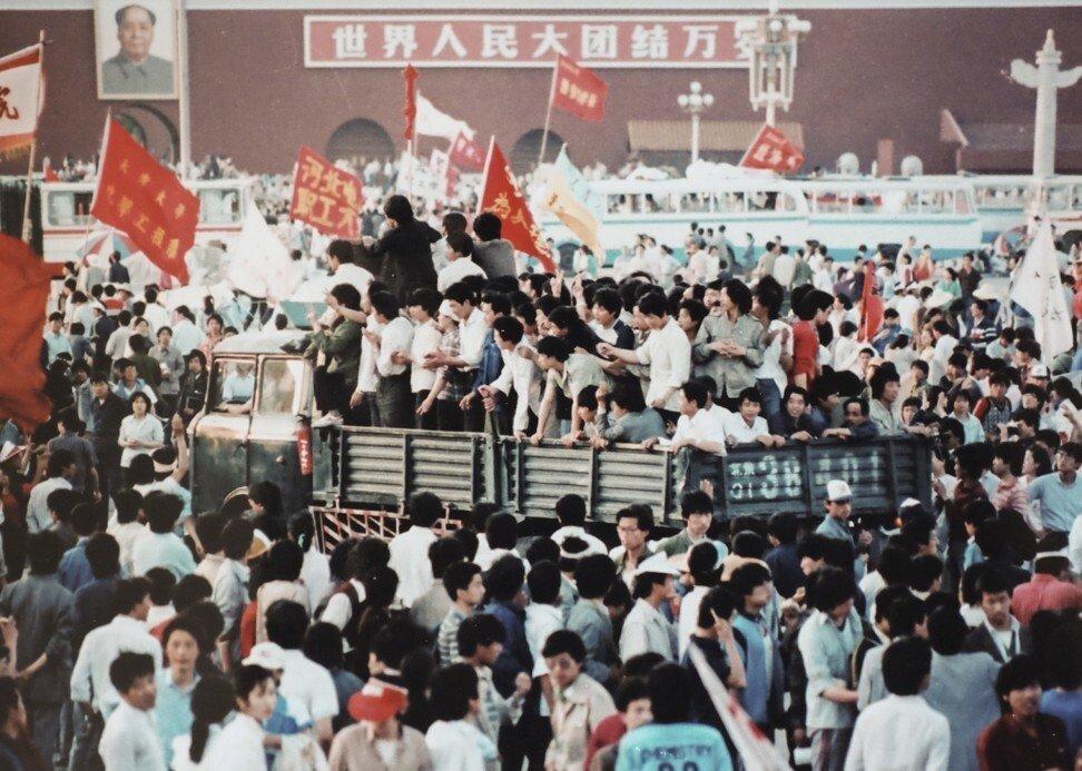 Les étudiants sur la place Tiananmen en 1989. (Source : SCMP)