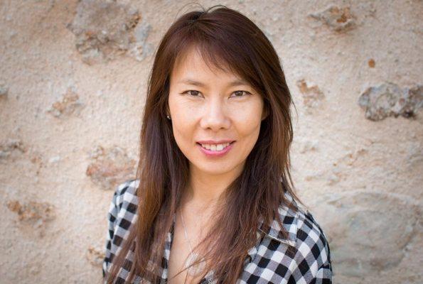 Auteure, Lana Chhor est aussi marraine et bénévole de l'association Enfants du Sourire khmer. (Crédit : Lana Chhor)
