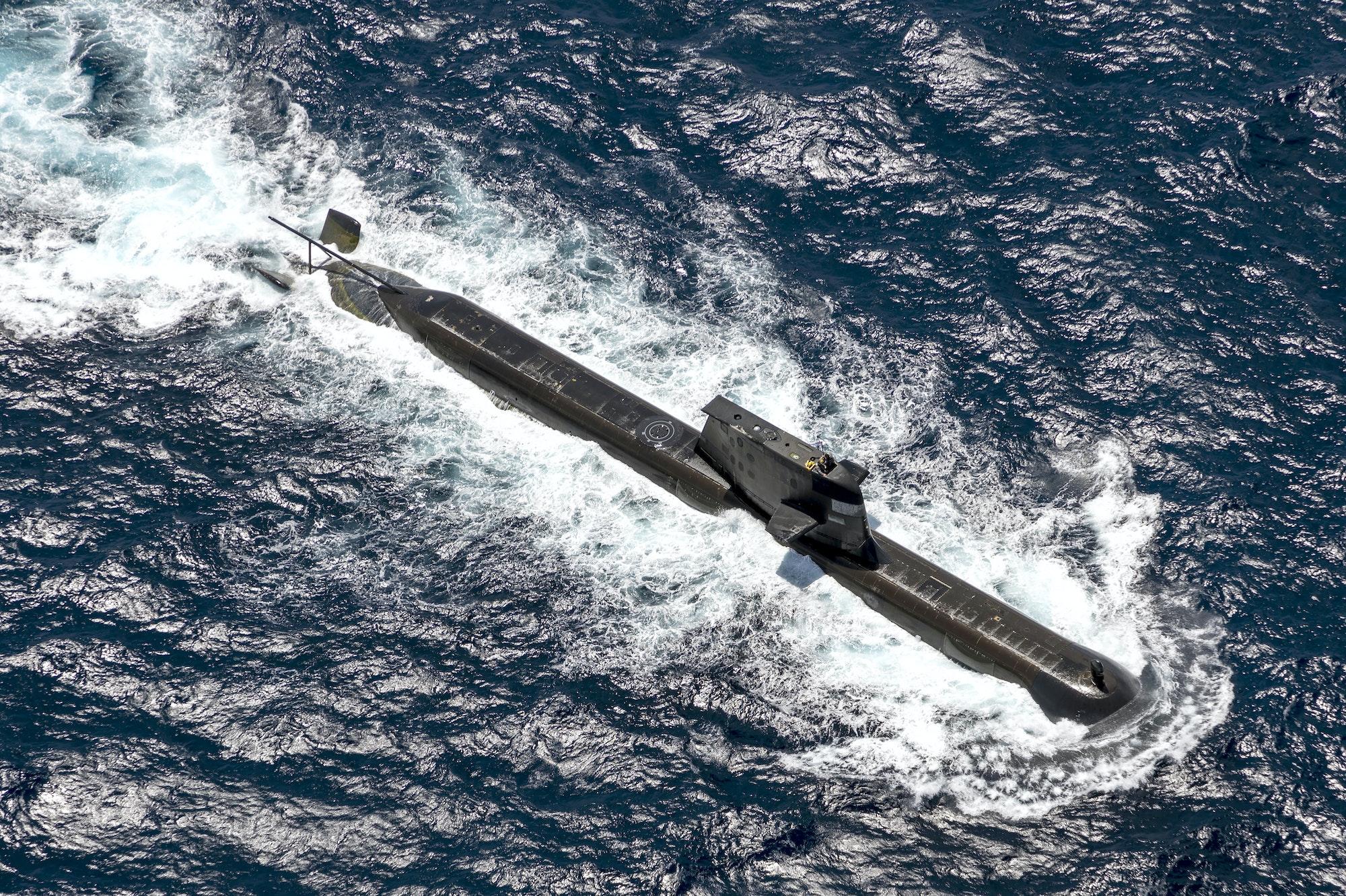 Un sous-marin HMAS Rankin de la marine australienne près de Darwin, le 5 septembre 2021. Ce genre d'appareil sera progressivement mis de côté avec le nouvel accord Aukus (Australie, Royaume-Uni et États-Unis). (Source : Noema)