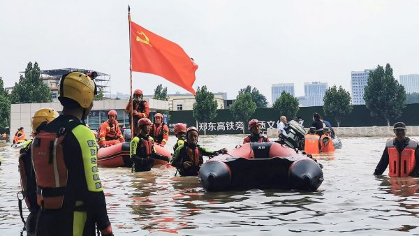 L'économie chinoise est-elle en train de prendre l'eau à la manière des inondations de Zhengzhou en juillet 2021 ? (Source : Barrons)